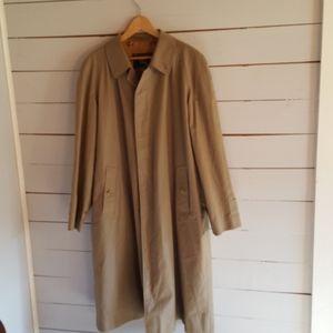 Vintage Burberry Men's Classic Khaki Rain Coat